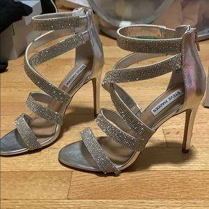 steve madden kyla silver heels